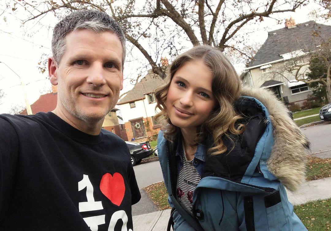 Toronto Mike'd Podcast Episode 285: Alexandra Beaton Kicks Out the Jams!