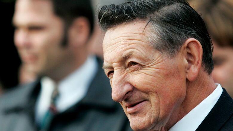 Walter Gretzky, Dead at 82