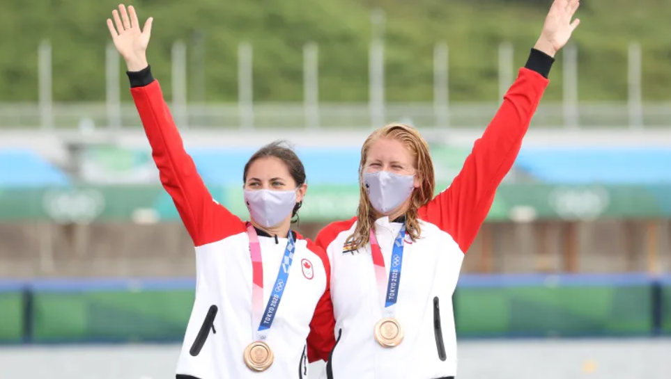 Laurence Vincent Lapointe and Katie Vincent Win Bronze in Women's Canoe Double 500m 🥉